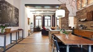 Essbereich im Loft, Ferienwohnung mit Industrieflair, Foto: Sonja Speck